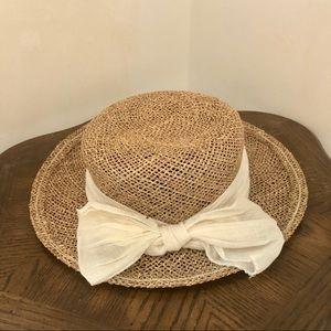 VINTAGE Raffia Panama Hat with Bow